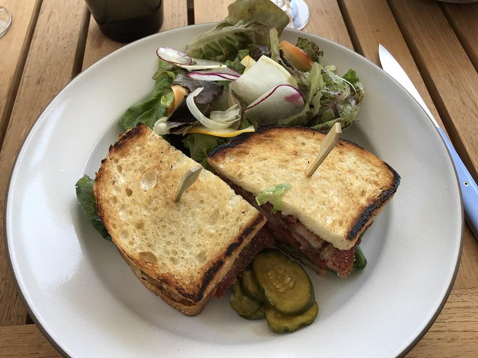 acacia-lunch3.jpg