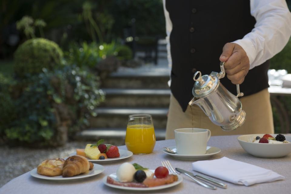 Hi_DER_93486151_Hotel_de_Russie_-_Le_Jardin_de_Russie_Breakfast.jpg