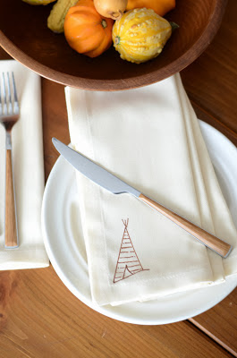 Anthropologie+Inspired+DIY+Tee-Pee+Napkin+(6).JPG
