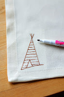 DIY+Napkins+with+Fabric+Marker+(5).JPG