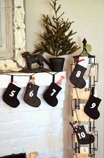 Advent+Calendar+Stockings+(22).JPG