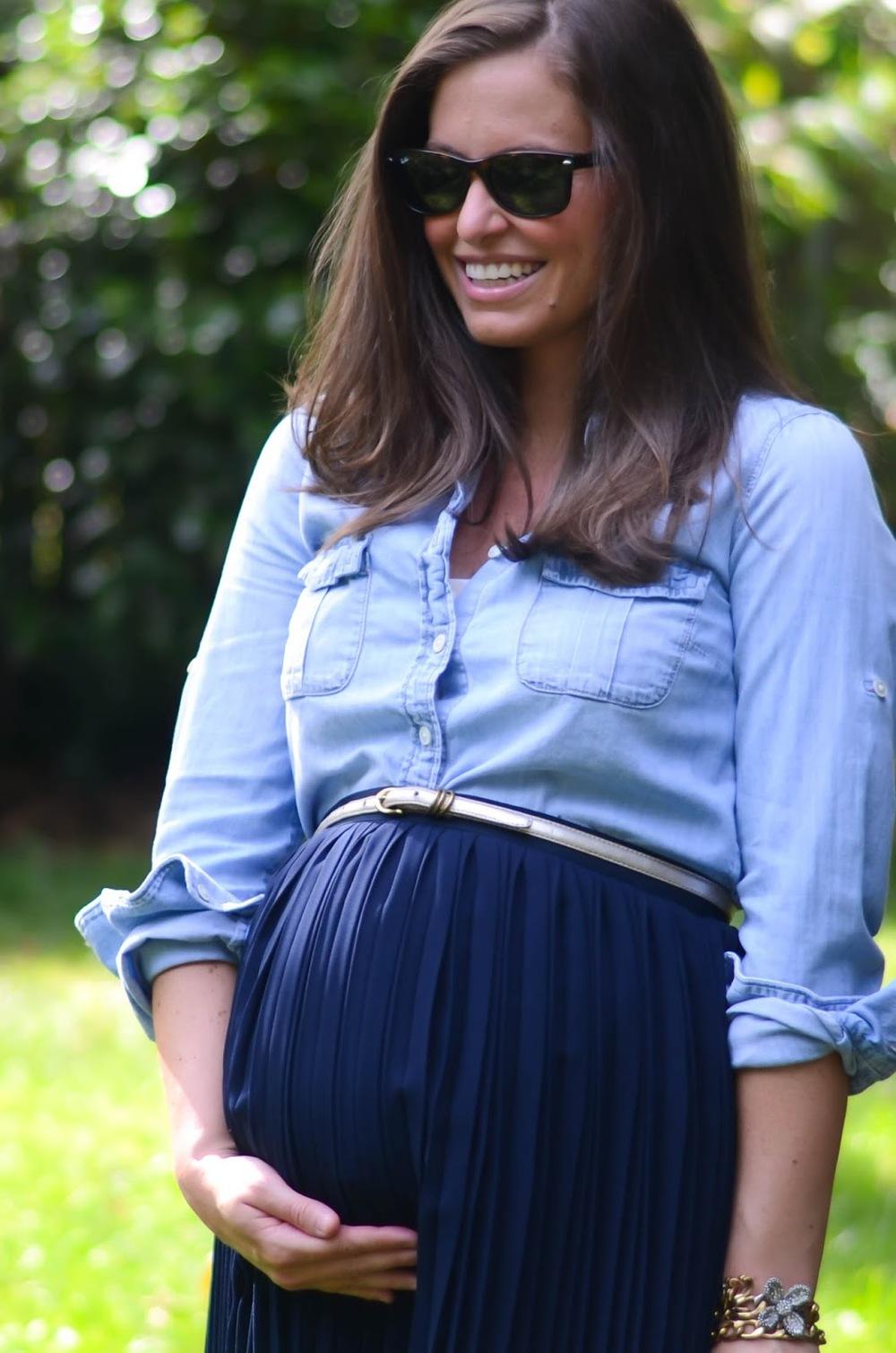 21+weeks+pregnant,+twins+(8).jpg