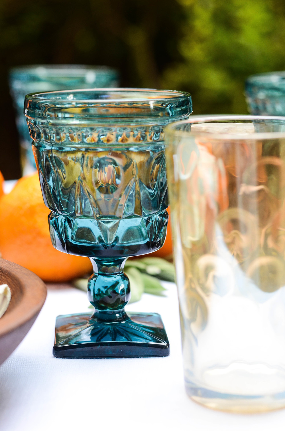 Autumn al fresco table setting