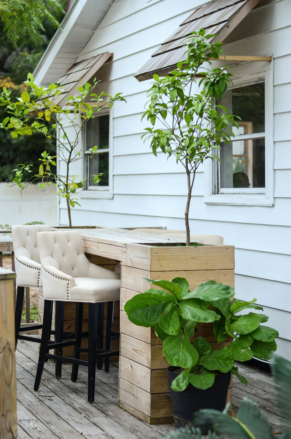 Love this table that doubles as a planter