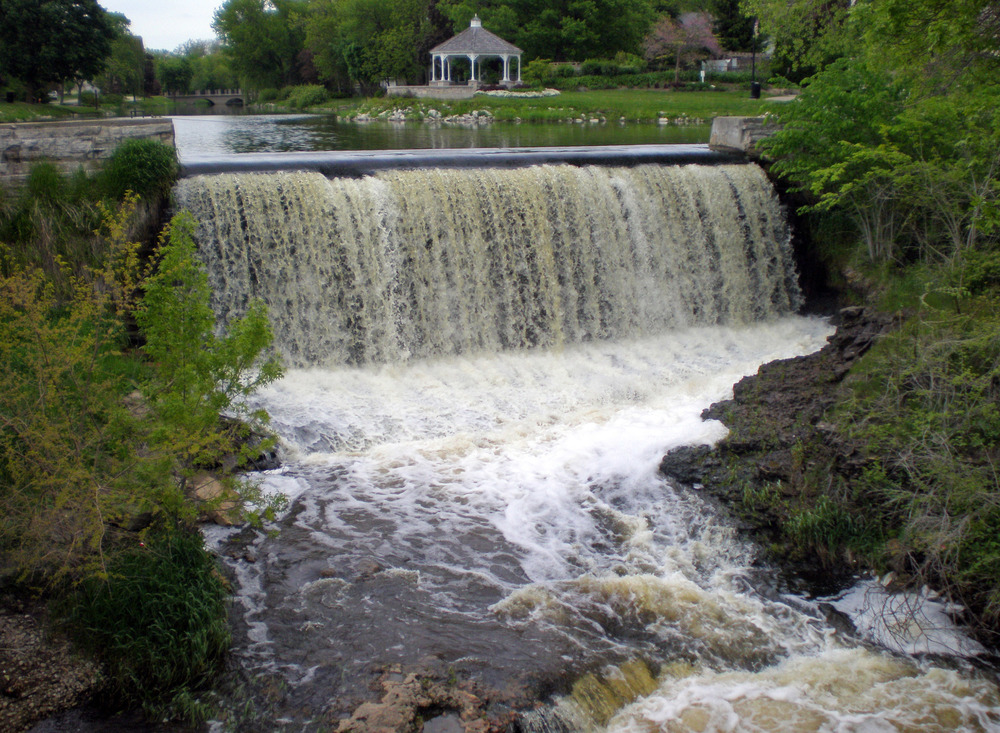 NR-dam-3.jpg
