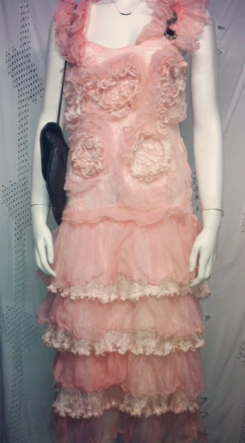 pinkdress_21757714378_o.jpg