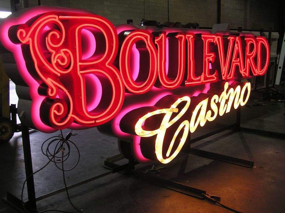 Boulevard-Casino-0111.jpg