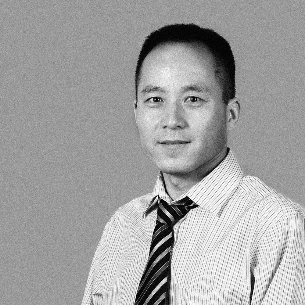 Stephen Chen  Controller