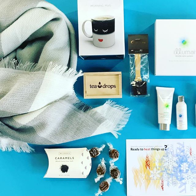 Our Warmth Box. @myteadrop @mccreascandies @illumai @chocomize #blanketscarf #throw #magicmug #caramel #subscriptionbox #gift #giftforher #over40 #over50 #overfifty