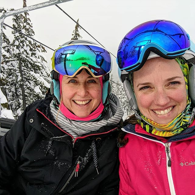 Great morning on the mountain with my favorite knuckle dragger, @alisabetz !