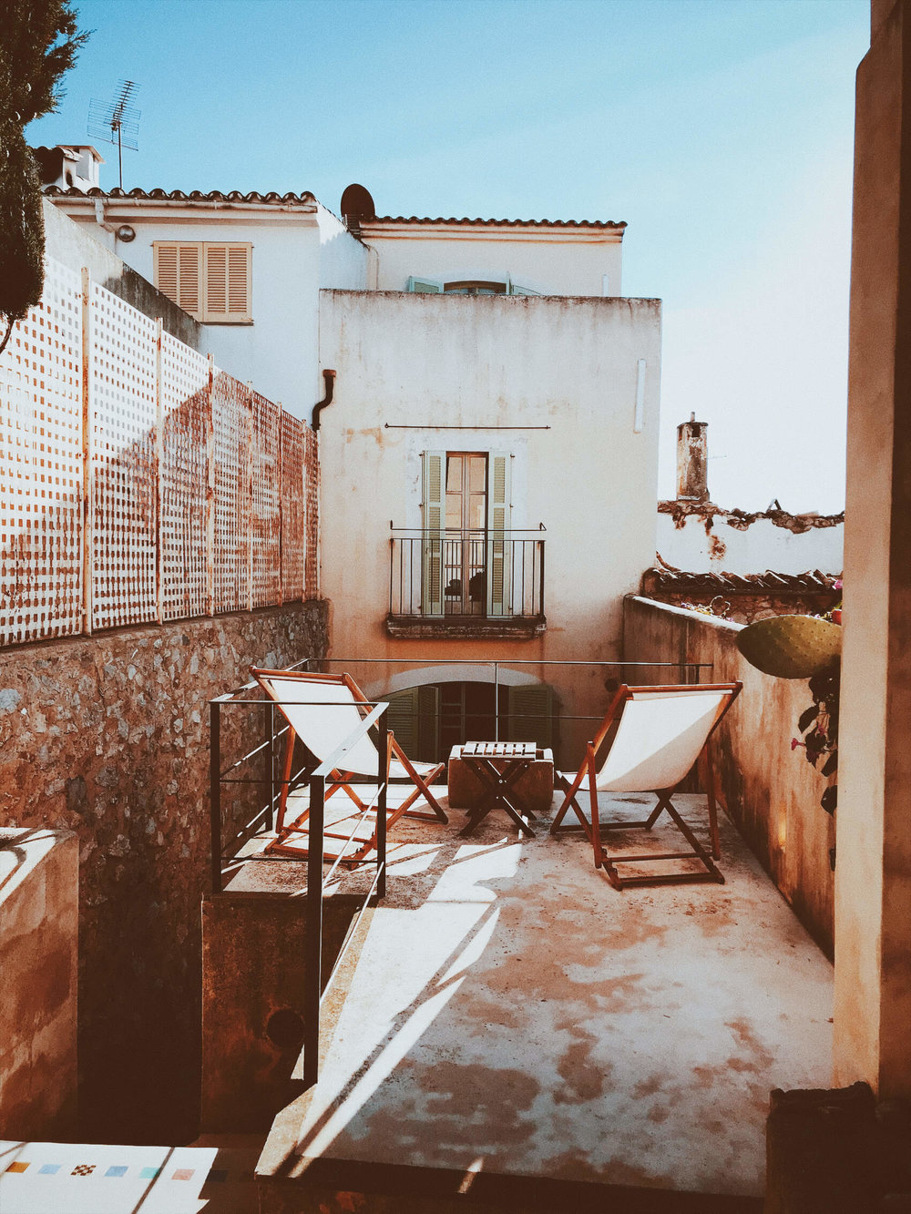 Arta Airbnb | Oui We Girl