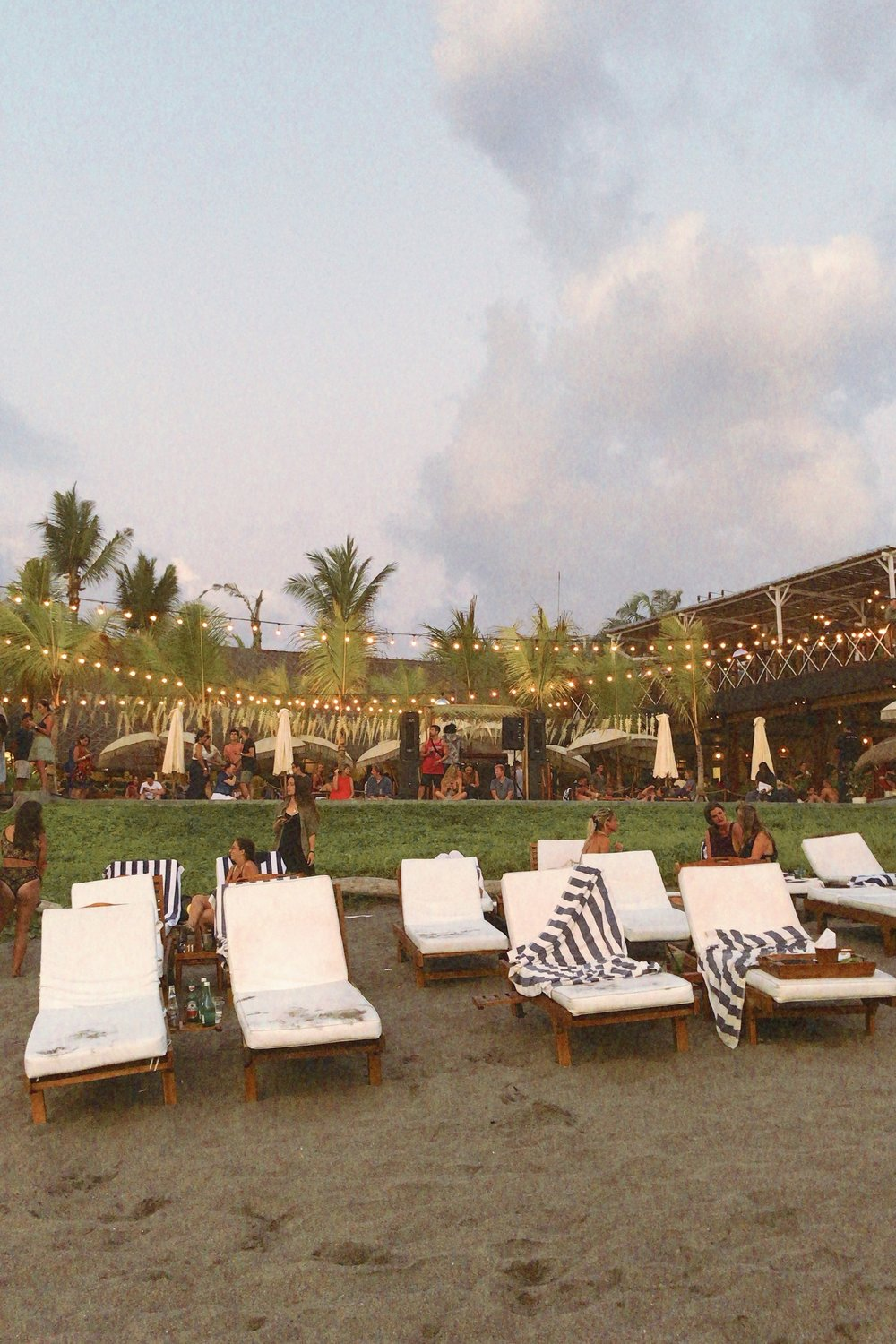 the lawn canguu sunset in bali