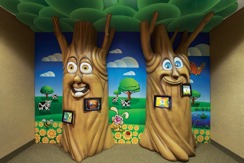 Custom Themed 3D iPad Game Wall Trees