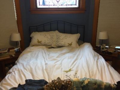Ahhhh….cozy bed.