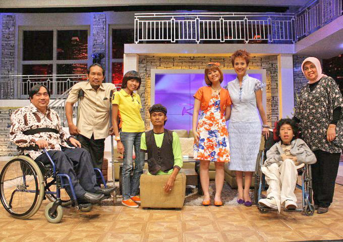Time flies! Six years ago with my scoliosers friends on Rossy (talkshow program)