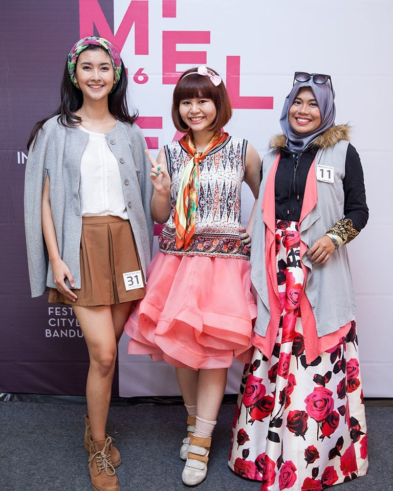 I was a runner up for Fashion Styling Competition (May 2016). The judges said my