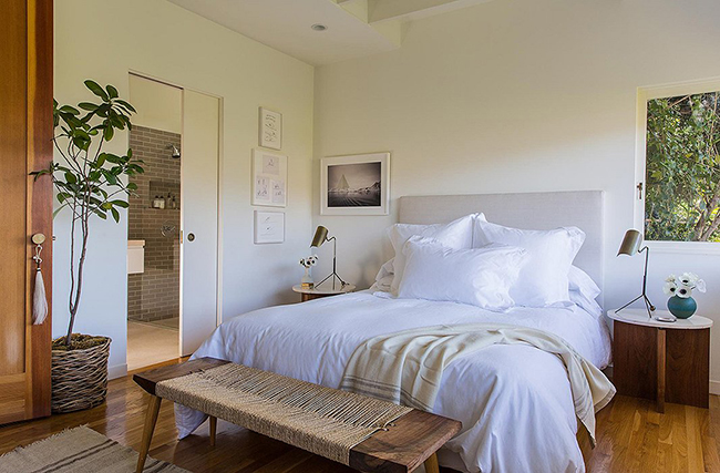Neutral Modern Bedroom