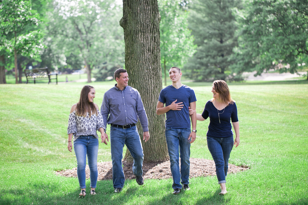 family_photographer_columbus_ohio_franklin_park