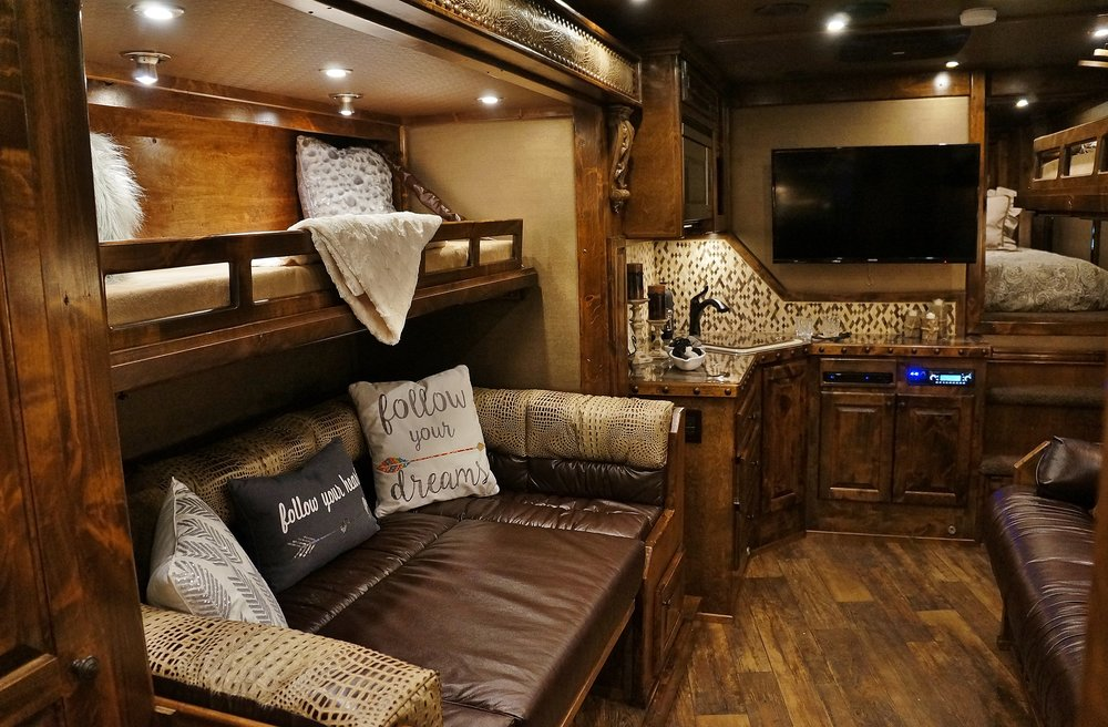 Wrap Dinette in Slide with Fold Up Bunk Above