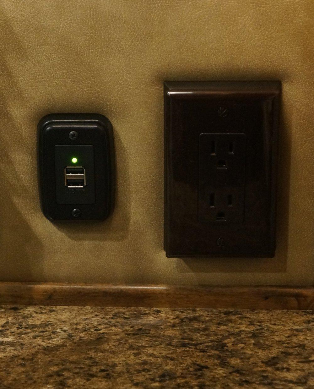 12V & 120V Outlet on Wall in Slide Out