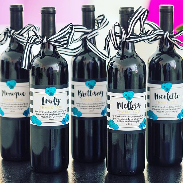 We adore this baby boy shower photo!  This sweet mama thanked her hostesses with a #customwine label and personal message.  Shop #hostessgifts in our profile link! @colinyoungwolff @danadane412