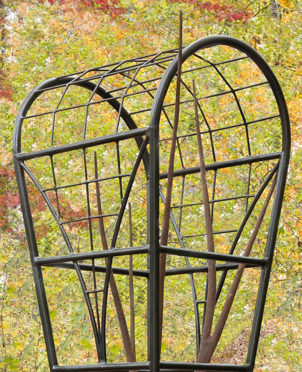 garden_sculpture_detail_1099x1352.jpg