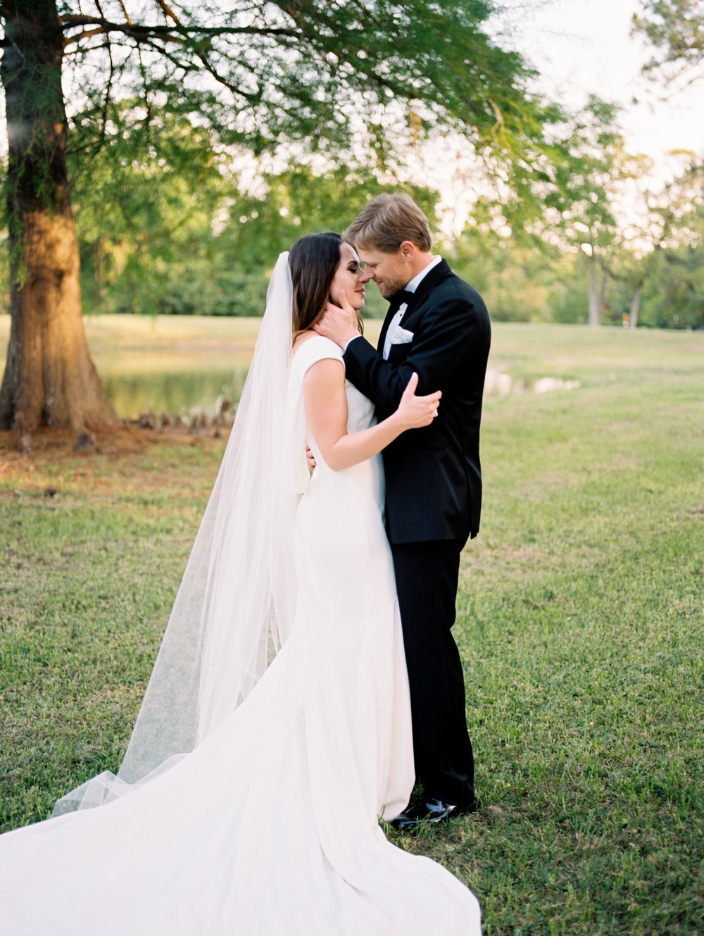 texas bride, college station, kristina ross photography, aggie bride, wind dancer retreat, texas, brazos valley bride
