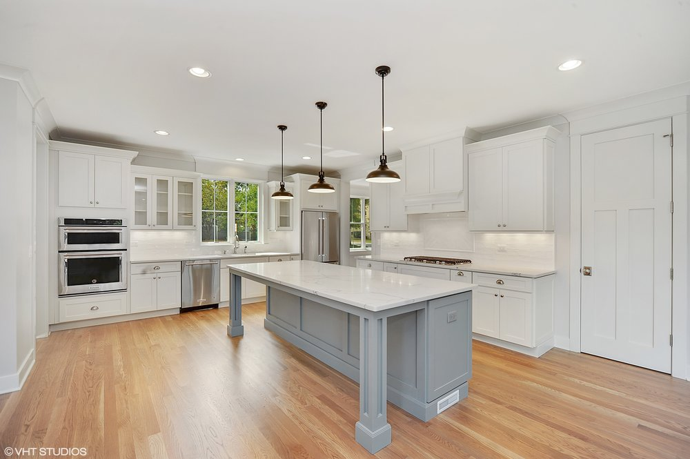 04_103northpineavenue_5_Kitchen_HiRes.jpg