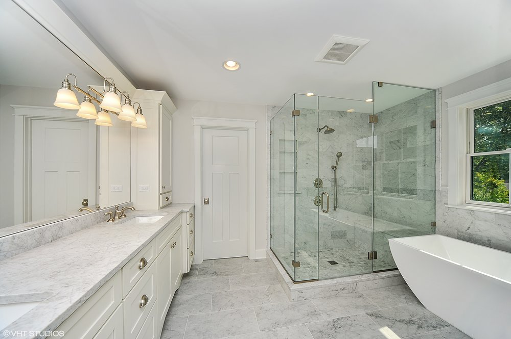 14_103northpineavenue_168_MasterBathroom_HiRes.jpg