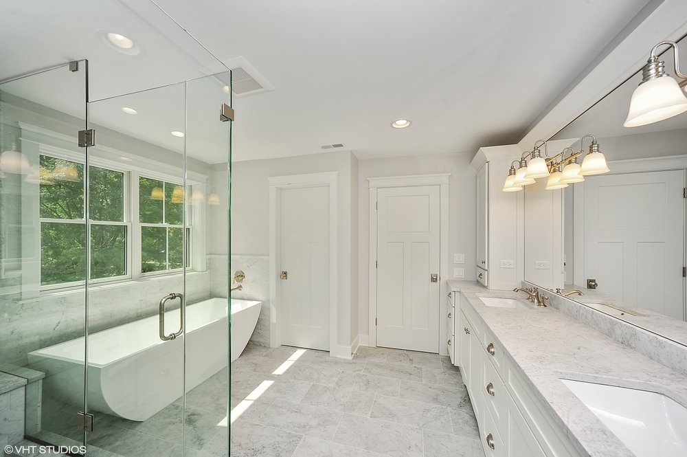 13_103northpineavenue_13_MasterBathroom_HiRes.jpg