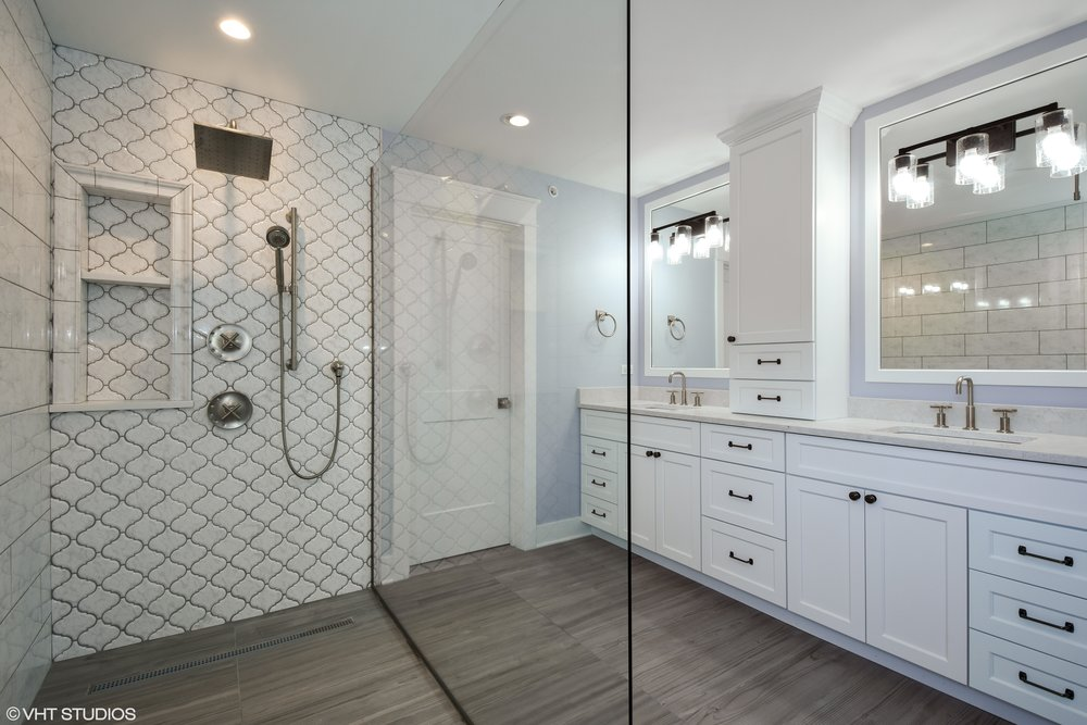 13_207WHillsideAvenue_13_MasterBathroom_HiRes.jpg