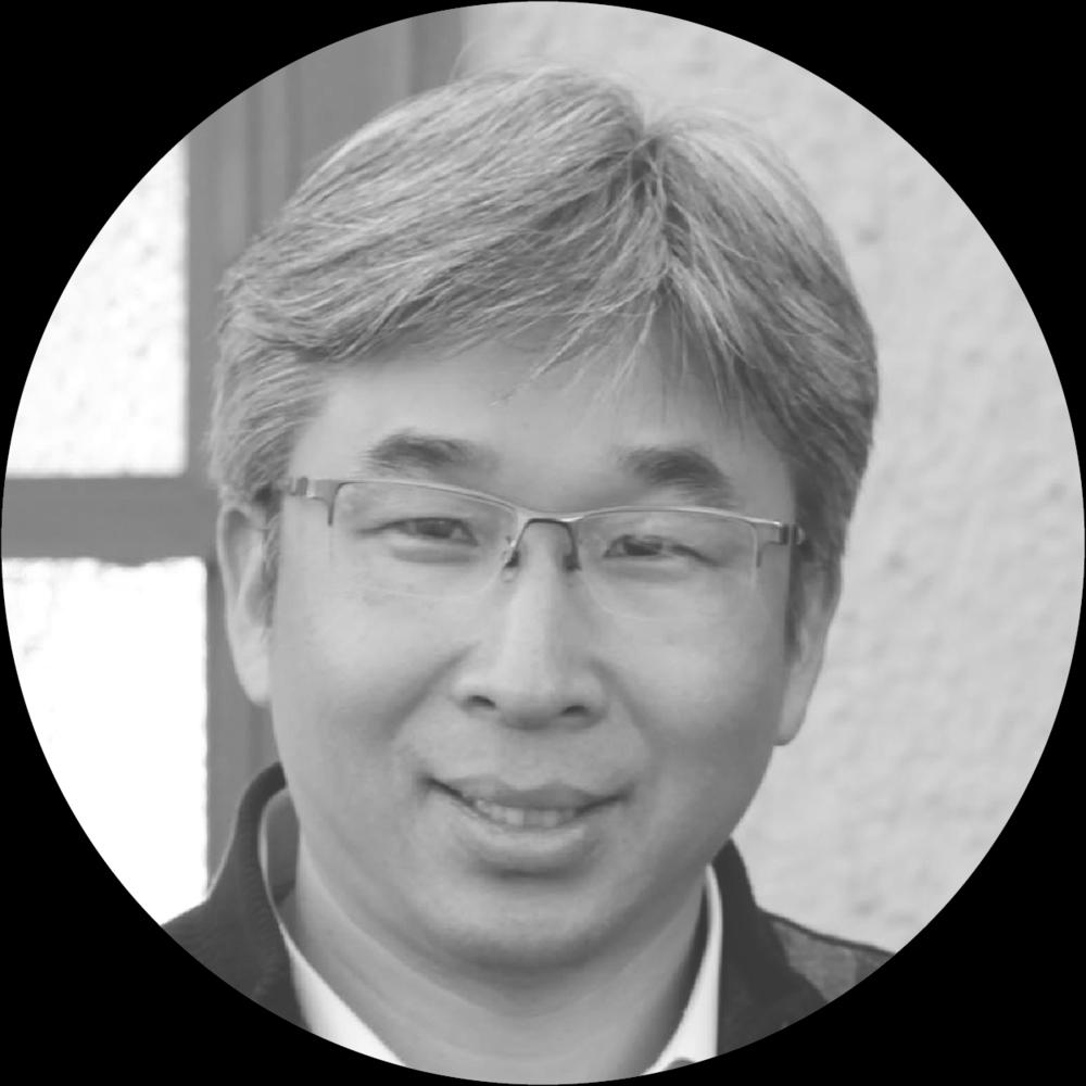 Dr.Stephen Yoon  Founder & International Director