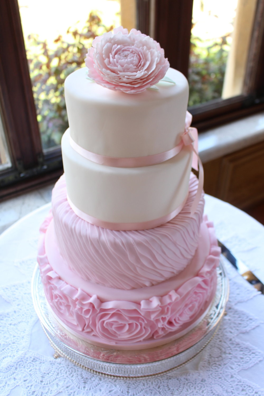 alex mark wedding cake
