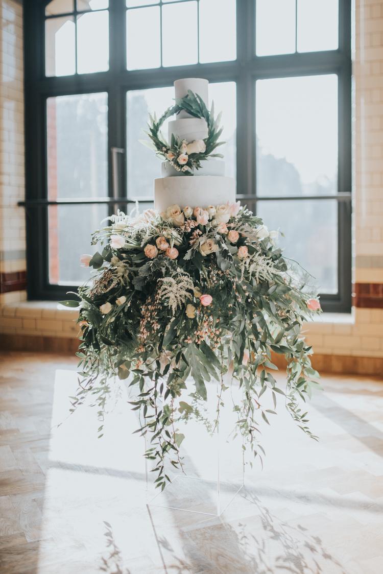 wedding cake flower skirt