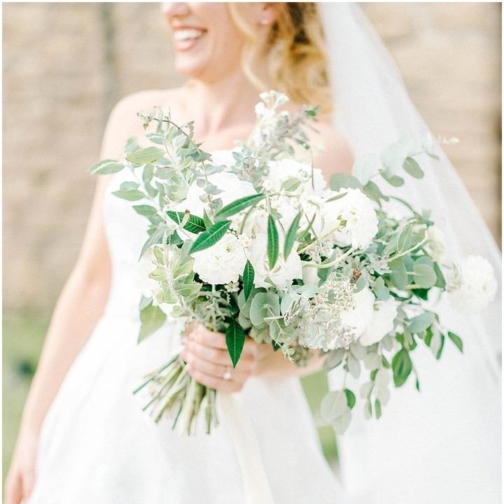 Floral Deco Wedding Flowers | Image: Sarah-Jane Ethan