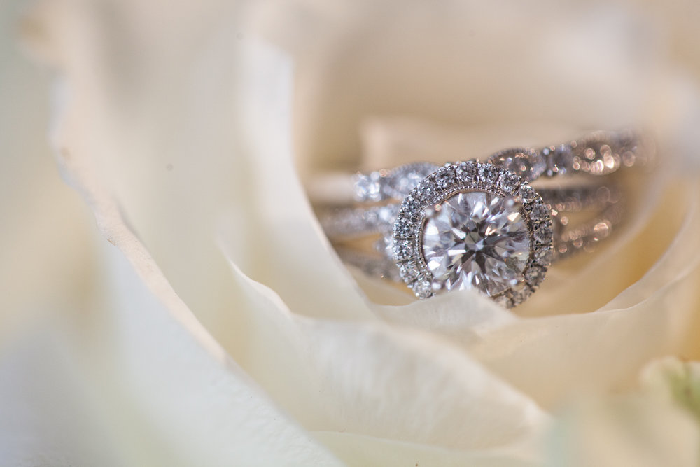 wedding-ring-white-rose