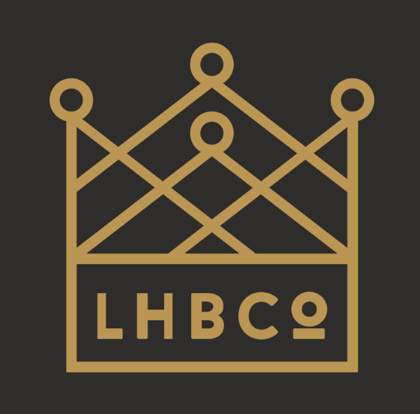 894885971.lhbco.square.crown.on.black.png