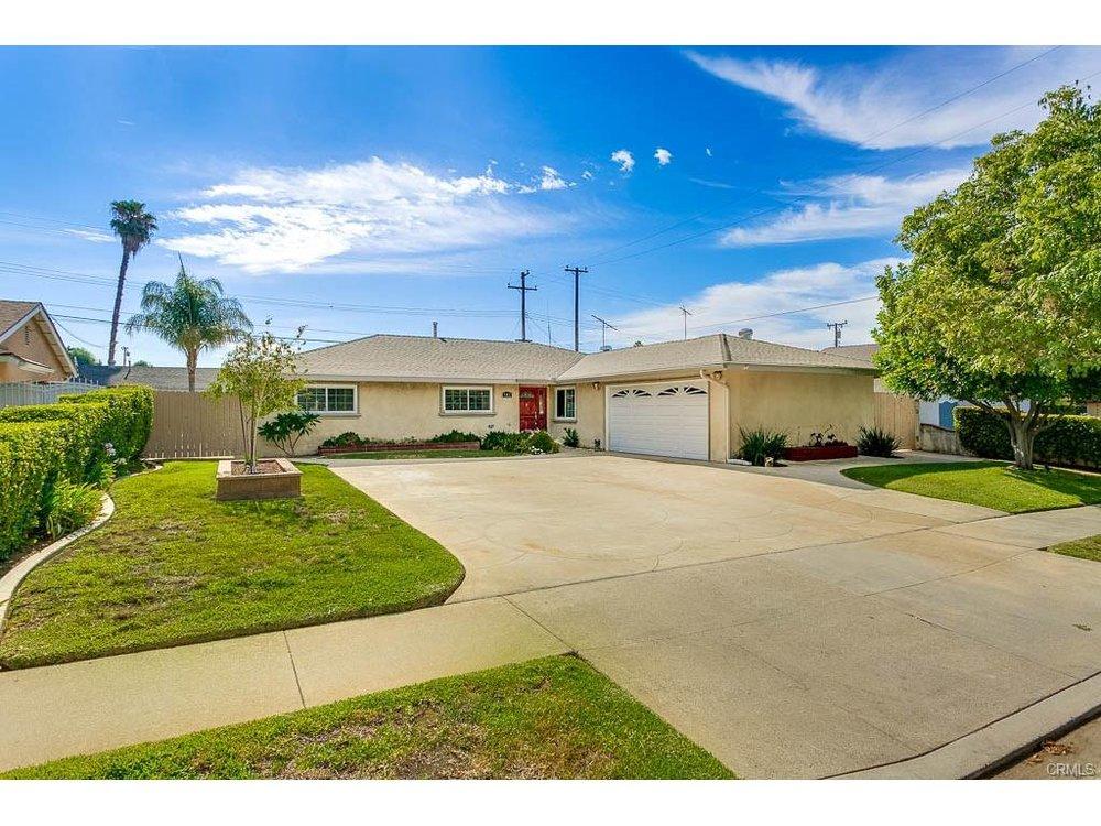 802 N. Delancey Ave San Dimas, CA
