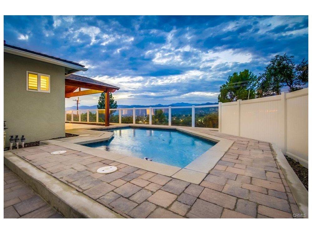 320 W. Gladstone San Dimas, CA