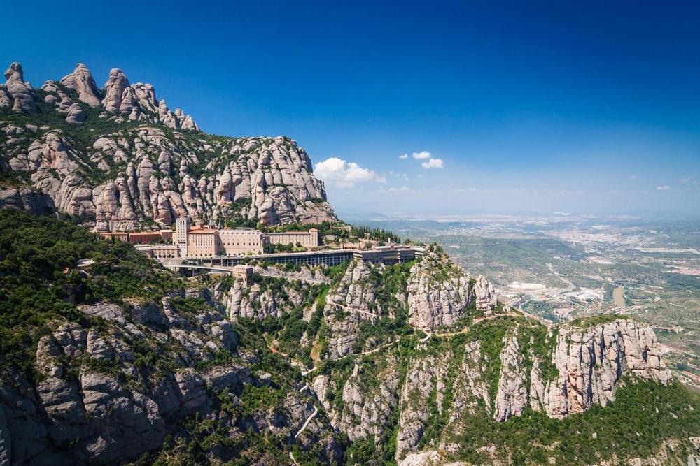 몬세라트 수도원 전경. 어마어마한 풍광이다.