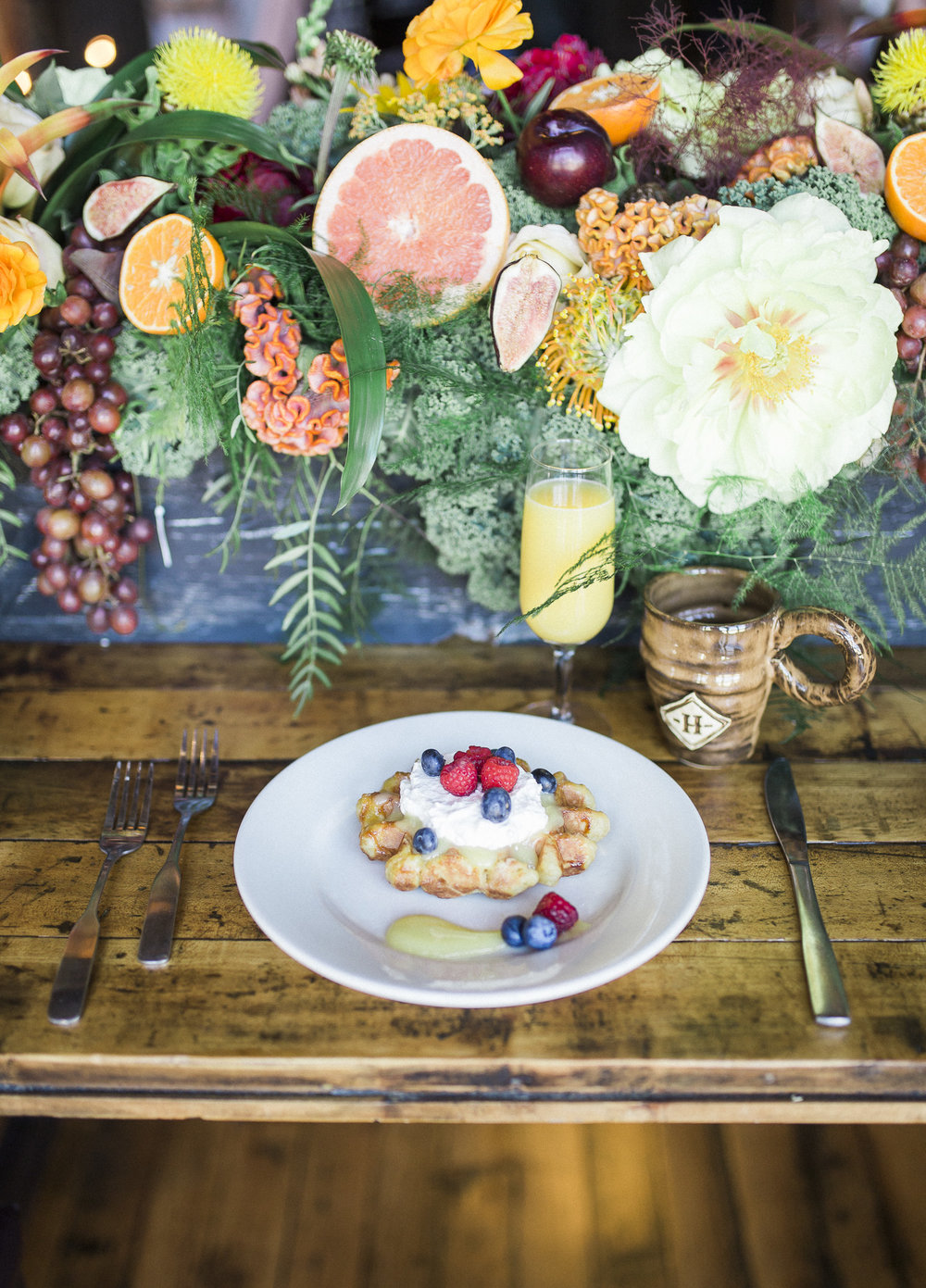 Milwaukee Flower Co.     +   Twin Lens Photography   +   Hawthorne Coffee Roasters   +   Press.   +   Pritzlaff Events
