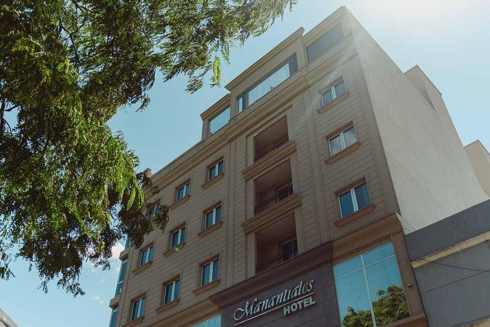 Hotel- Manantiales01.JPG