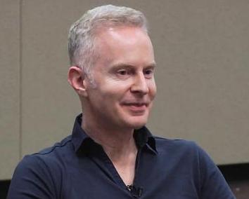 Peter Brack - Venture Partner at Mucker LabMucker Lab的风险投资合伙人,在中国生活过15年并创立了两家公司并在香港上市。