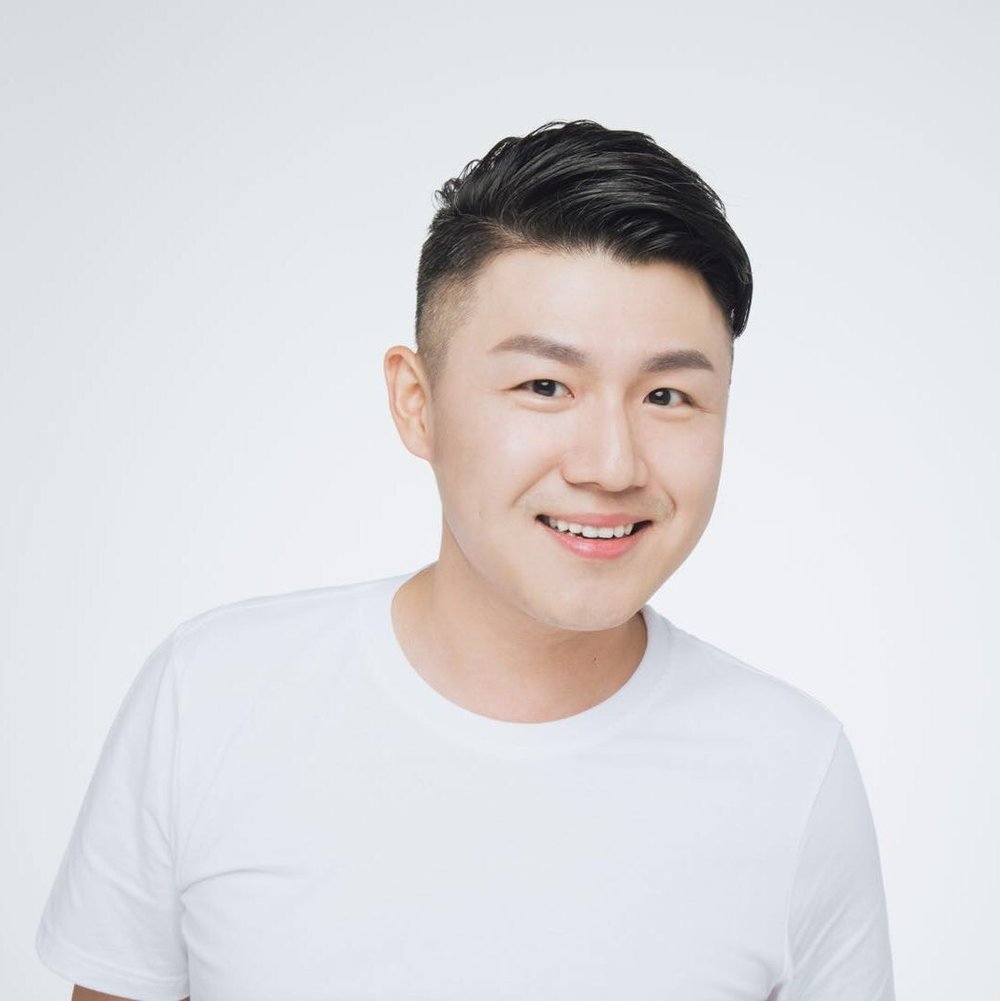 Charlie Gu - CEO , Kollective InfluenceCharlie cofounded a global marketing agency that helps brands reach consumers through KOLs. He's an expert in cross-border tourism marketingCharlie Gu是Kollective Influence的首席执行官,通过关键意见领袖(KOL)连接品牌与消费者。 他拥有超过10年的跨境营销经验。