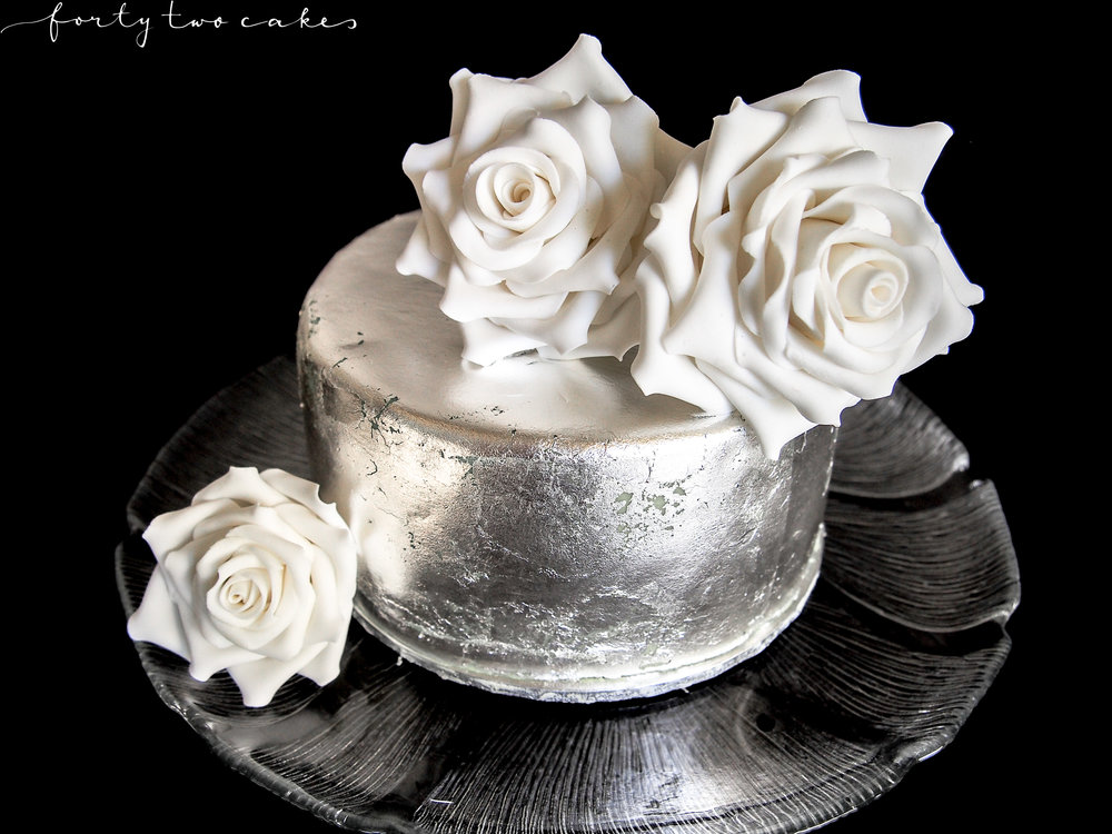Forty-Two Cakes - Sugar Art-01.jpg