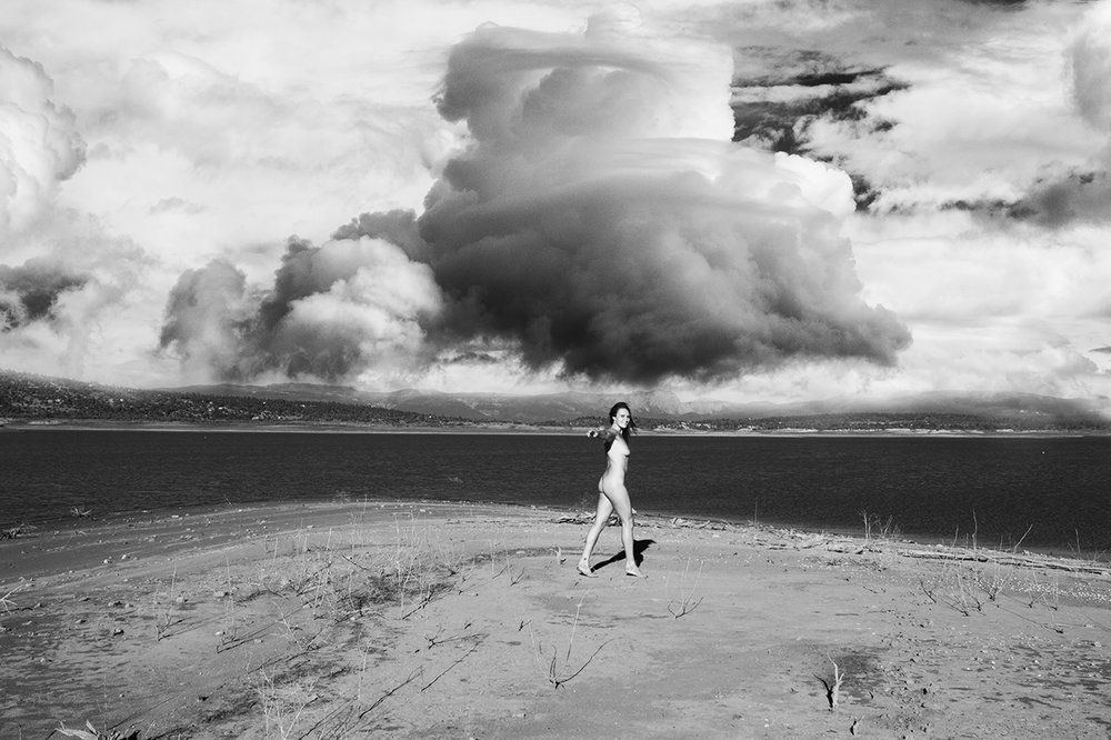 nude final 003 nm heron lake nude walk smile turn edit 2 cloud composite bw sm.jpg
