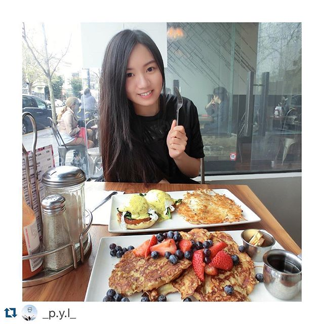 #Repost @_p.y.l_ with @repostapp. ・・・ 開動惹 🍽🍳 • #brunch #benedict #harshbrown #breakfast #lunch #dear #sister #food #foodinsf #foodie #foodinsf #tea #coffee #cafe #blog #blogger #sfblogger #instadaily #instafood #instalike #instamoment #grubsf