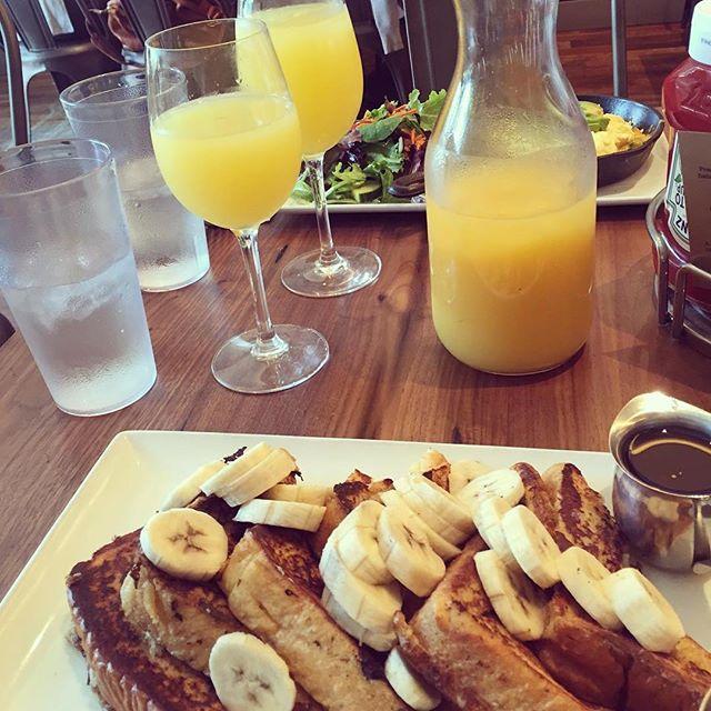 I love brunch. #frenchtoast #bottomlessmimosas #happy