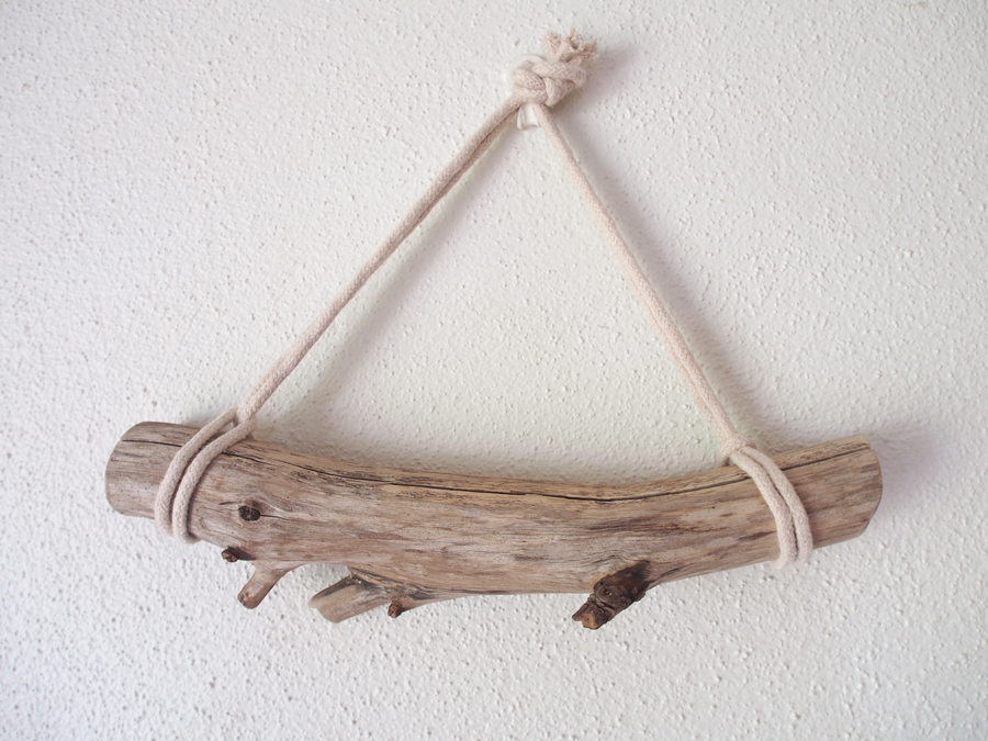 hanging-drift-wood.jpg