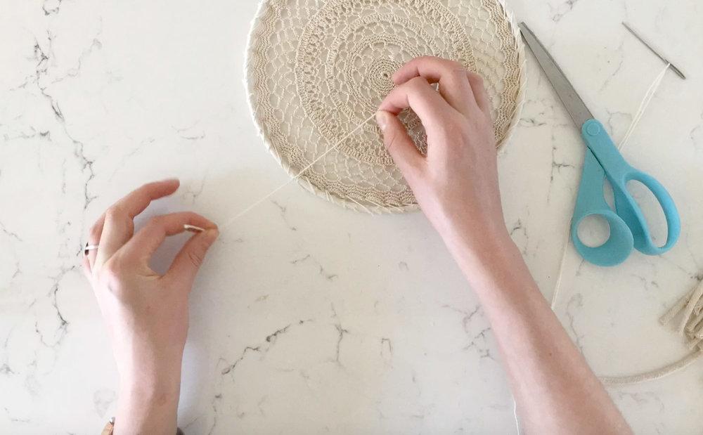 DIY Pom Pom Dreamcatcher by Leuro.com.au